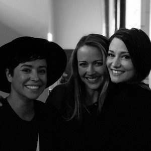 Amy Acker, Chyler Leigh and Briana Venskus