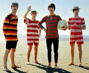 समुद्र तट Beatles!