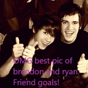 Beebo and ryan friend goals