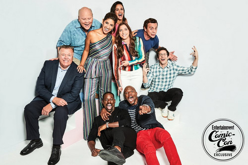 Brooklyn Nine-Nine fondo de pantalla called Brooklyn Nine-Nine Cast at San Diego Comic Con 2018 - EW Portrait