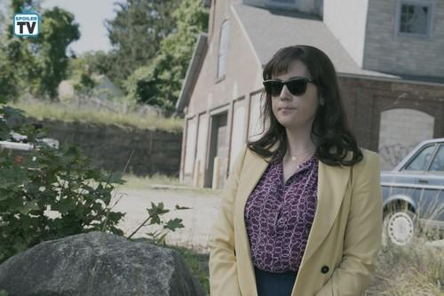 """kastilyo Rock (Hulu) wolpeyper called kastilyo Rock """"Habeas Corpus"""" (1x02) promotional picture"""