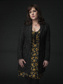 城 Rock - Season 1 Portrait - Melanie Lynskey as Molly Strand