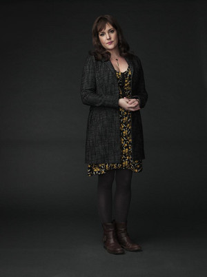 गढ़, महल Rock - Season 1 Portrait - Melanie Lynskey as Molly Strand