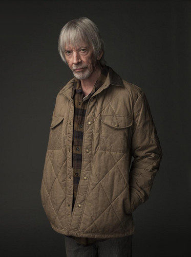 قلعہ Rock (Hulu) پیپر وال titled قلعہ Rock - Season 1 Portrait - Scott Glenn as Alan Pangborn