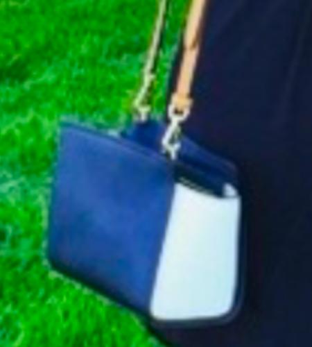 The Debra Glenn Osmond peminat Page kertas dinding called Debbie's Blue dompet, beg tangan