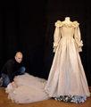 Diana's Wedding Dress - princess-diana photo