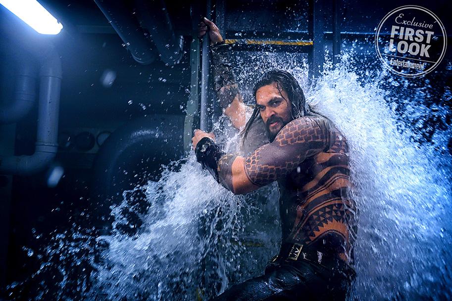 EW's Aquaman First Look - Jason Momoa as Aquaman