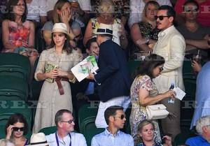 Emma Watson at Wimbledon in লন্ডন with Luke Evans [July 15, 2018]