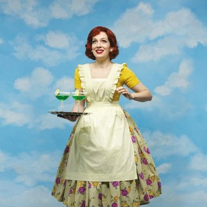 Katherine Parkinson in play 'Home, I'm Darling'