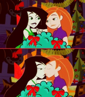 Kim and Shego's 秒 クリスマス キッス