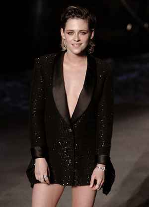 Kristen at the 2018/19 Chanel Paris Fashion Show