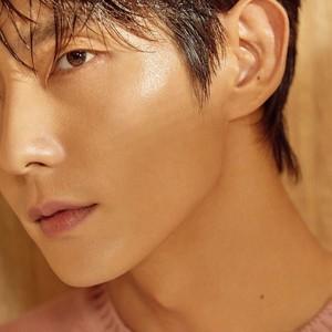 Lee Joon Gi for ELLEMEN