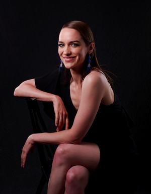 Melanie Scrofano at San Diego Comic Con 2018 - Portrait