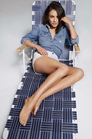 Mila Kunis covers Cosmopolitan US Magazine [August 2018]