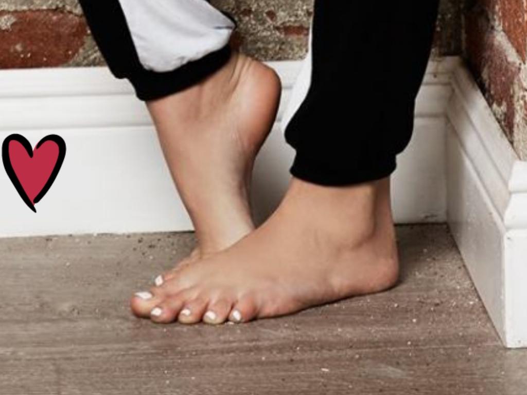 Feet Scarlett Leithold nude photos 2019