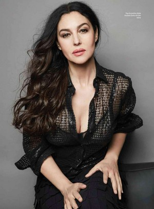 Monica Bellucci for Esquire Mexico Magazine [October 2015]