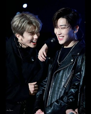 Moonie/youngie(Jongup/Youngjae)❤