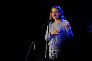 Natalie Portman at Boston Calling muziki Fest