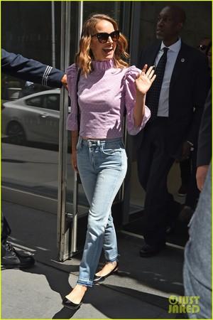Natalie Portman leaving SiriusXM studios