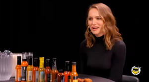 Natalie Portman on 'Hot Ones'