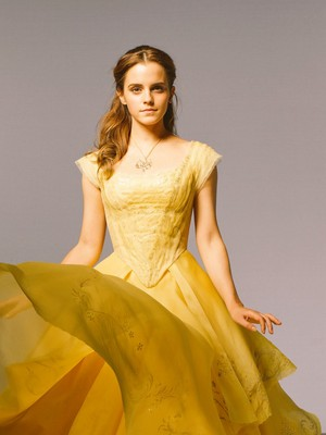 New pic of Emma Watson from 'Beauty and the Beast'