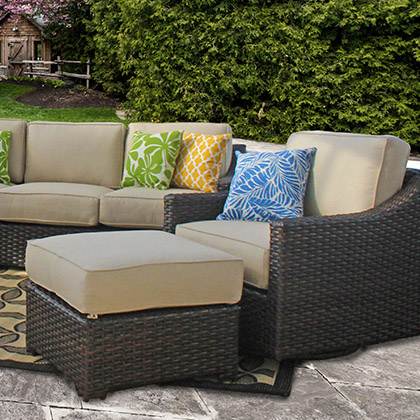 rose du Yorkshire fond d'écran titled Outdoor Patio Set