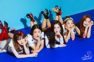 Red Velvet teaser image for 'Power Up' (Blue Ver.)