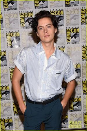 Riverdale cast @ Comic-Con! 2018