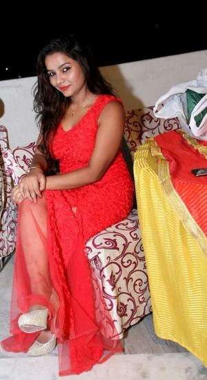 Sanjana VIP Escorts in Ahmedabad Call Girls Pune