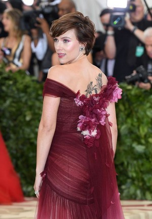 Scarlett at the 2018 Met Gala
