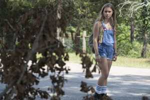 """Sharp Objects """"Fix"""" (1x03) promotional picture"""