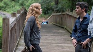 "Sharp Objects ""Vanish"" (1x01) promotional picture"
