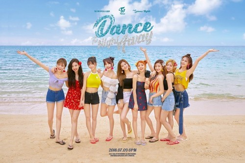 Twice (JYP Ent) wolpeyper called TWICE group teaser image for 'Dance the Night Away'