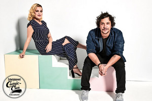 The 100 Cast at San Diego Comic Con 2018 - EW Portrait