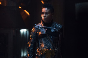 "The 100 ""Sic Semper Tyrannis"" (5x09) promotional picture"
