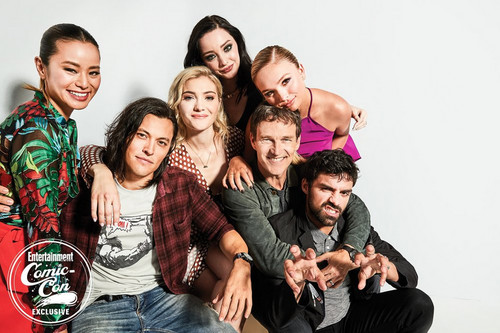 The Gifted (TV Series) wallpaper called The Gifted Cast at San Diego Comic Con 2018 - EW Portrait