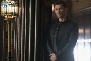 The Originals - Episode 5.12 - The Tale of Two mga lobo - Promo Pics