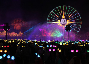 The World Of Color Light tampil