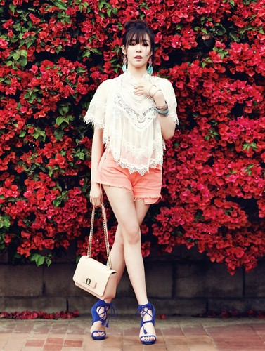 jlhfan624 achtergrond titled Tiffany Hwang