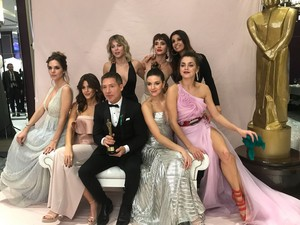 Violeta & Julieta with Las Estrellas female cast