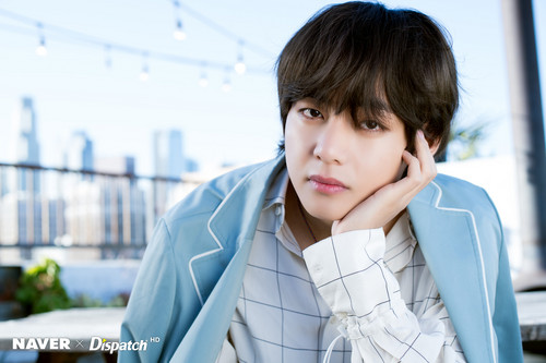 V (BTS ) hình nền titled X DISPATCH FOR V ' 5TH ANNIVERSARY