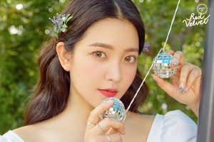 "Yeri's teaser image for ""Summer Magic"""