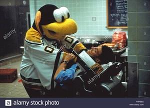 jean claude van damme mascot mort subite 1995 fhpb8g