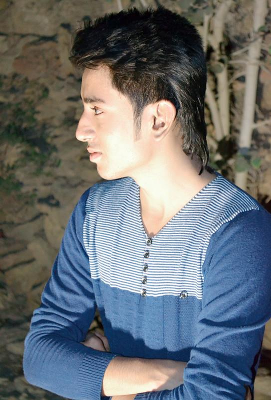 Emo Boys Afbeeldingen Pakistani Boys Hairstyle Hd Achtergrond And