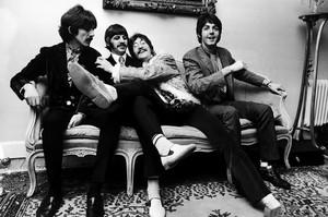 the beatles 1967 kitanda smile billboard 1548