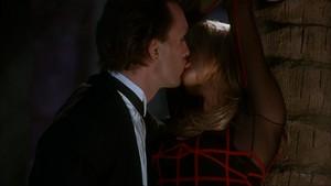 tina carlyle kissing by movi viento daztdem