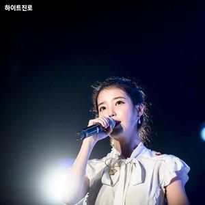 180803 IU at Haeundae Summer Festival