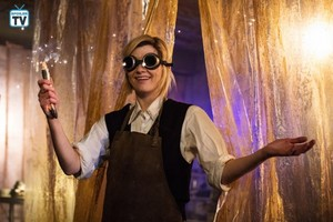 Doctor Who - Episode 11.01 - The Woman Who Fell to Earth