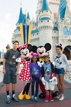 Cast Of Blackish At Disneyworld