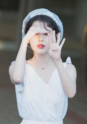 180714 IU at Yoon Mirae's Concert